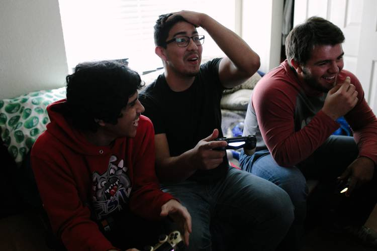 Teenagers are fueling an e-gaming tidal wave