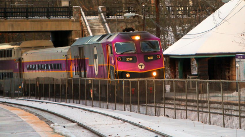 Commuter train derails on Boston-bound train; no one hurt