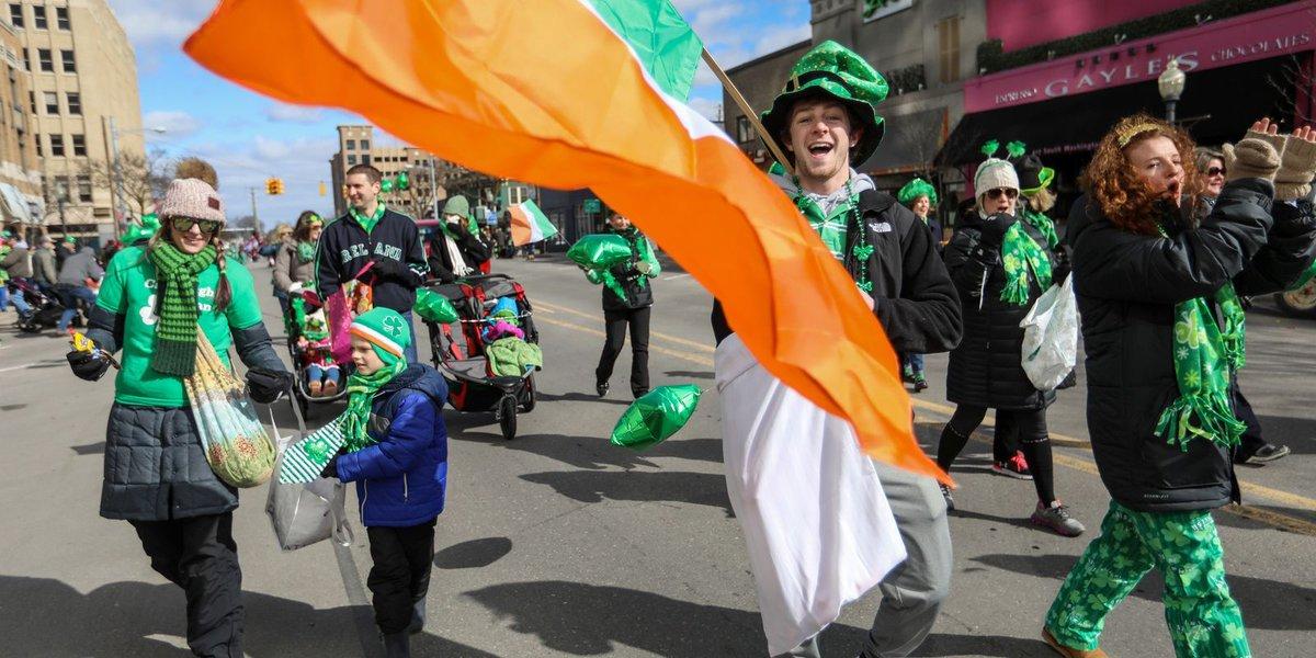 Royal Oak awash in green for St. Patrick's Day Parade