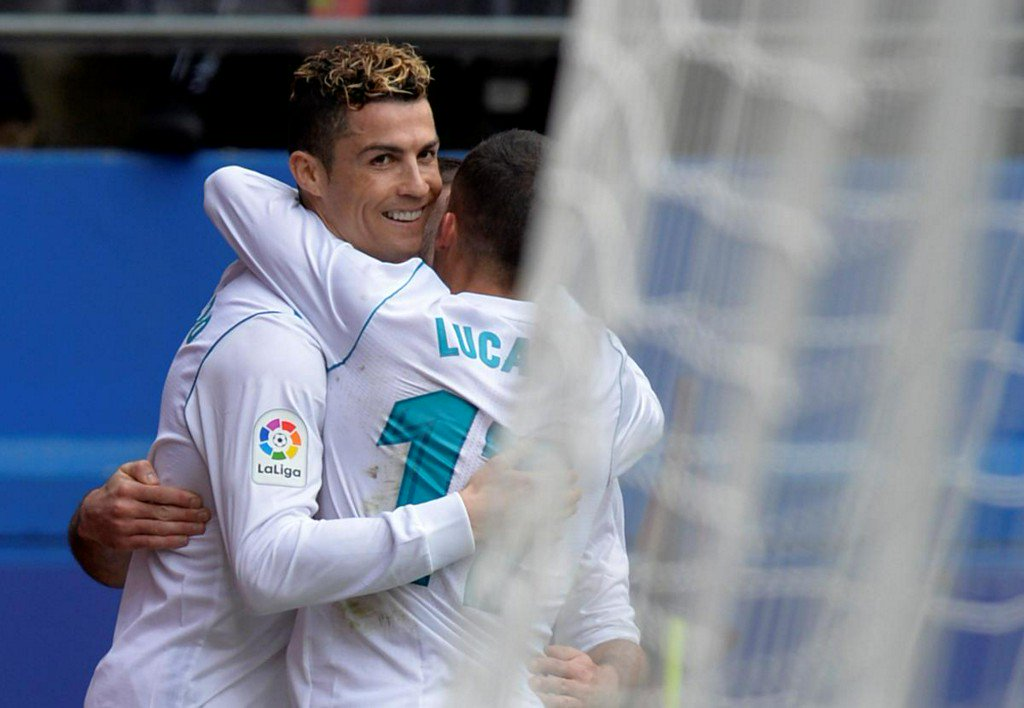 Suarez, Coutinho make up for missing Messi, Real beat Eibar