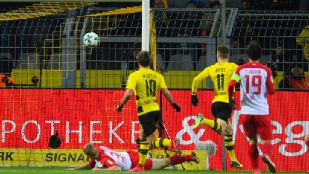 Reus strikes again as Dortmund held by Augsburg