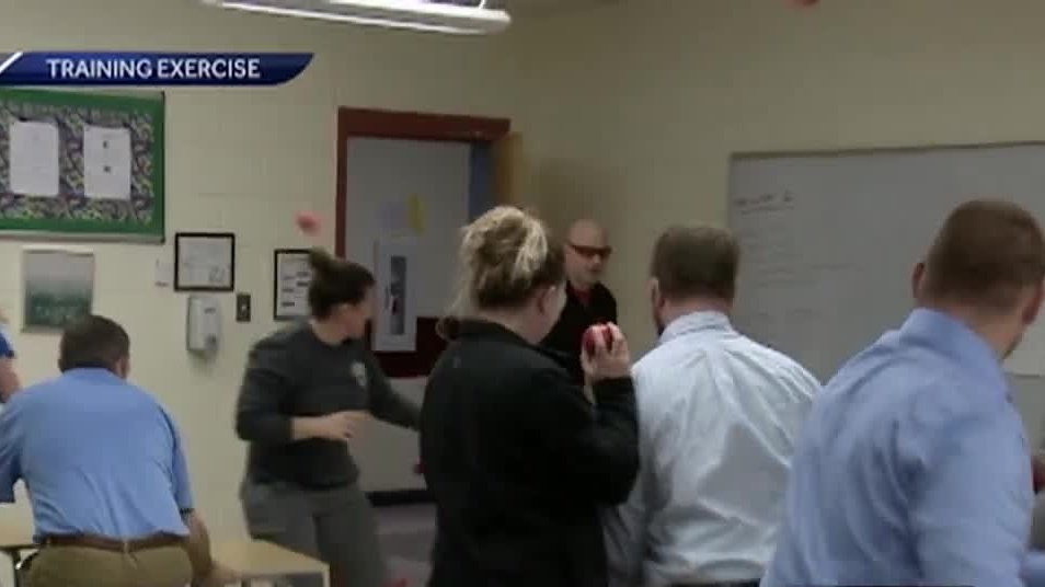 Educators, police train on how to deal with active shooter in school