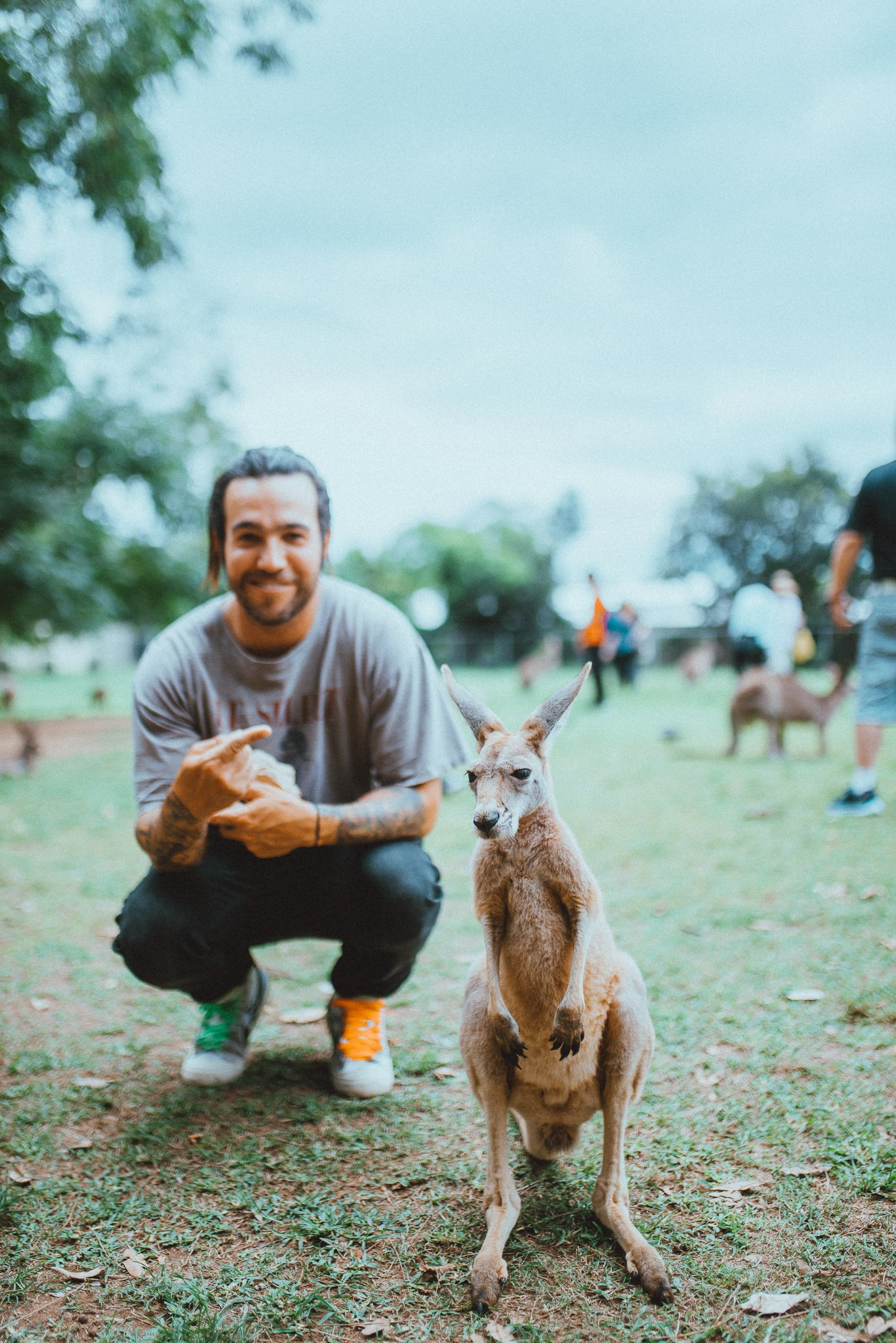 say hi to our tour guide �� Brisbane, are you ready for the M A  N   I    A Tour? ��  �� @elliottingham https://t.co/jHst65nwRk