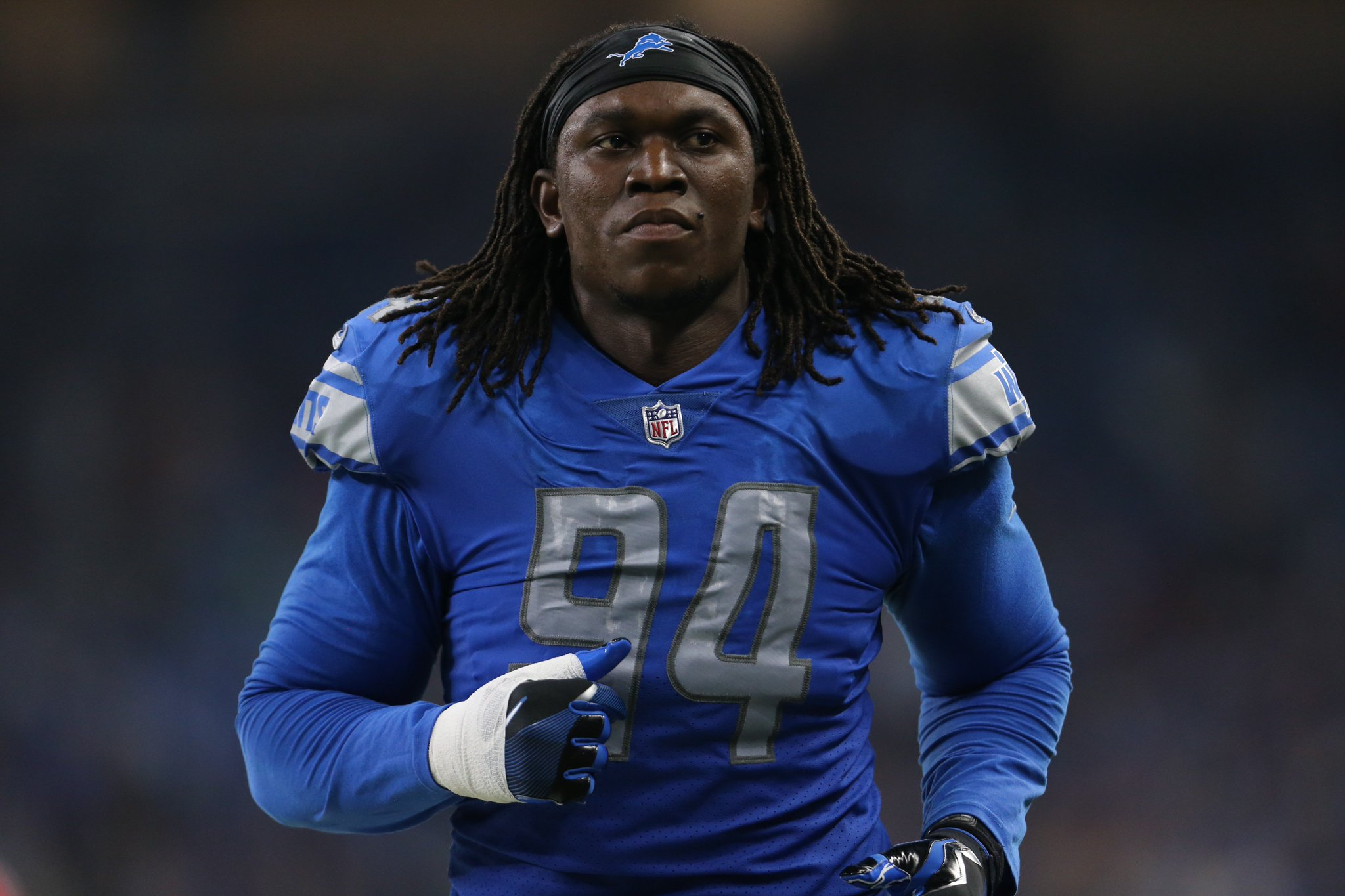 Lions use franchise tag on DE Ziggy Ansah https://t.co/zKsVbhyaQ9 https://t.co/VEEWcLSkTf