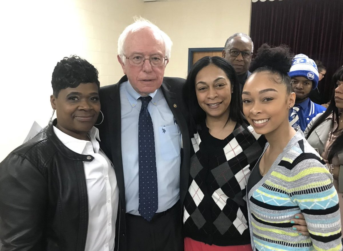 Bernie Sanders keeps campaign promise in return to Flint, Mich.