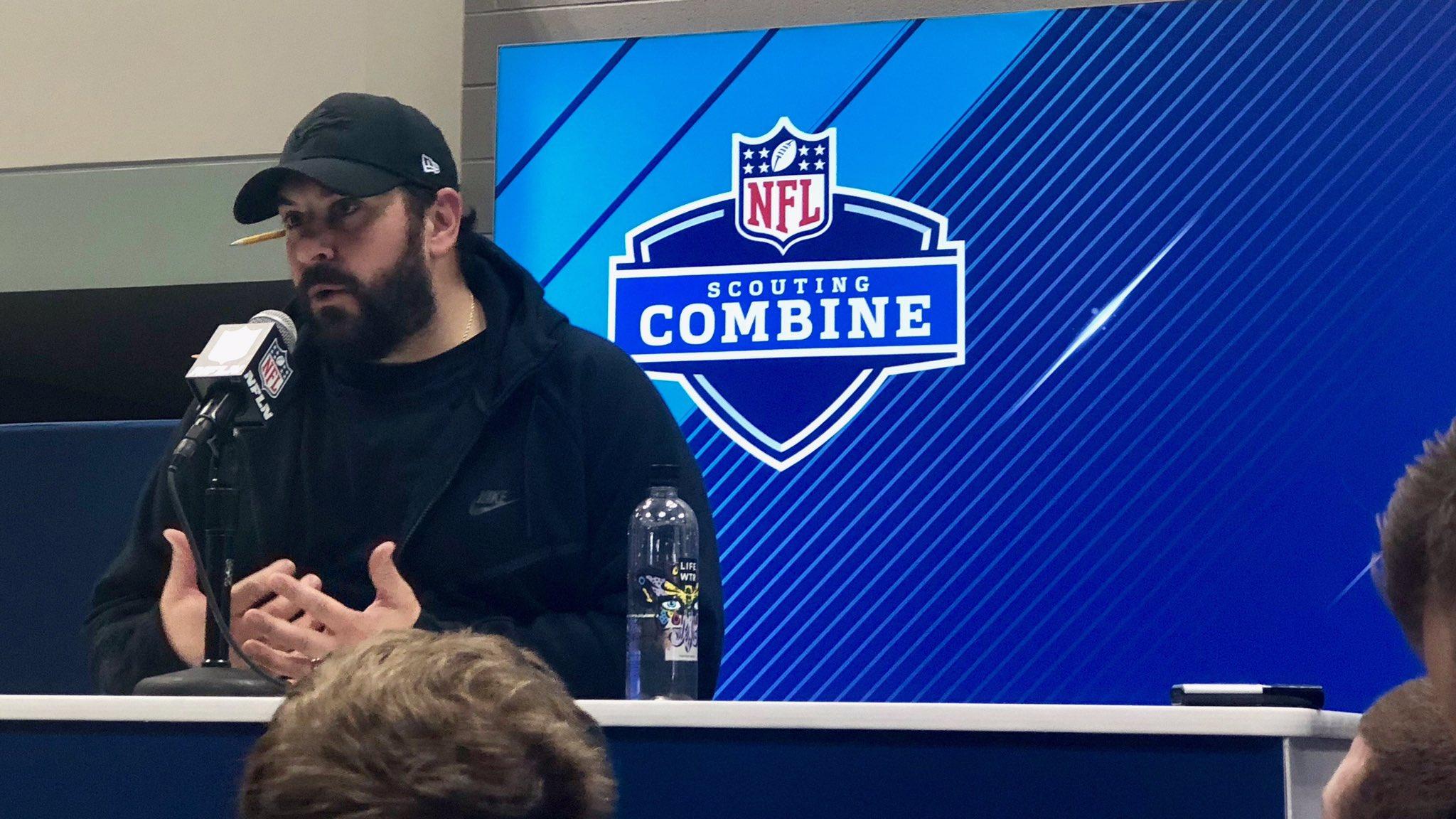 Hey Matty P!   #NFLCombine https://t.co/KfkkSatlJe