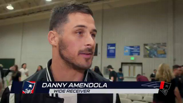 School, family, football, and everything in between.  @DannyAmendola chats with students at @BryantUniv: https://t.co/rpDEvmpFan