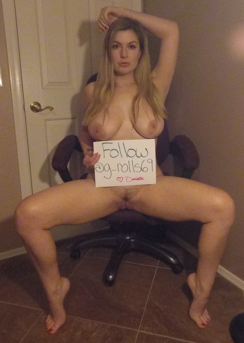 Fan sign that ordered off my online store K4HXVlOAC3 fnxOzWEKFt