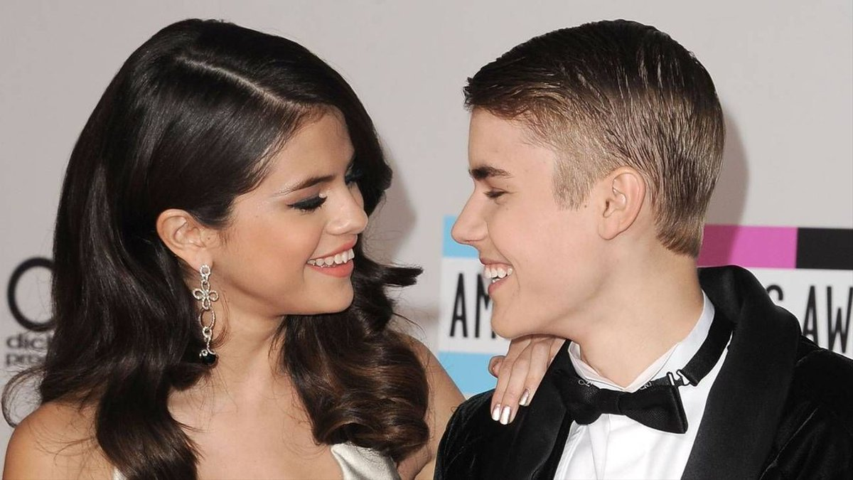 Selena Gomez Gushes Over 'Super Cool' Justin Bieber In Cute Birthday Post