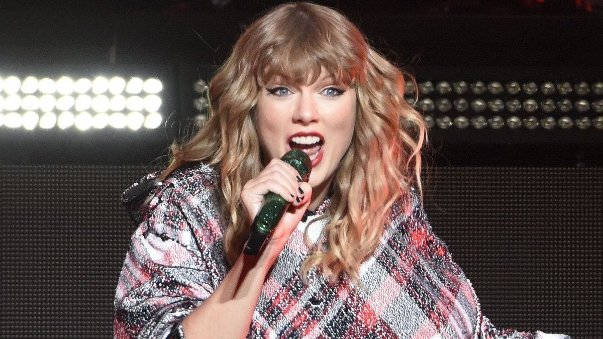 Taylor Swift's Reputation Tour Openers Will Have You Saying 'Oh Na Na Na'