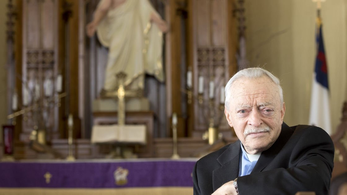 Merrill Lutheran pastor recalls being saved from Nazis as an orphan