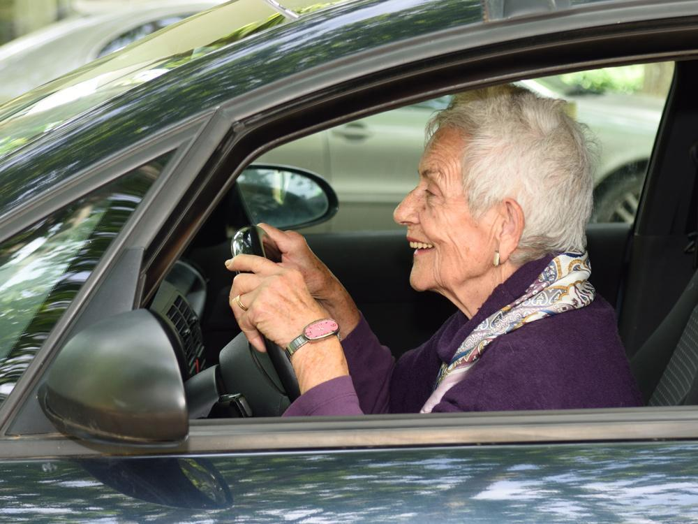 ASK AMY: Neighbours want to get elderly woman to stop driving