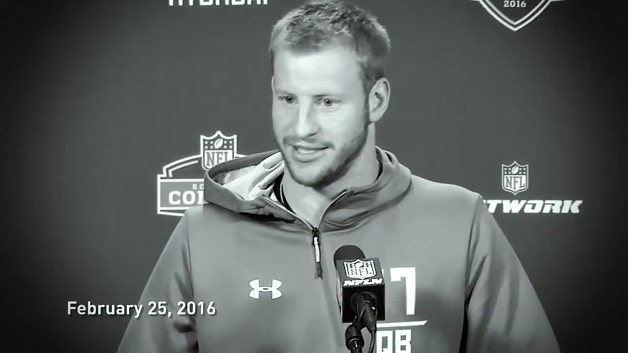 #FlashbackFriday to the 2016 #NFLCombine, featuring a little foreshadowing from @cj_wentz.  #FlyEaglesFly https://t.co/rRcAHq9GmS