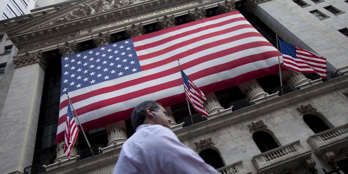 Stocks keep plunging as Trump talks up 'trade war'