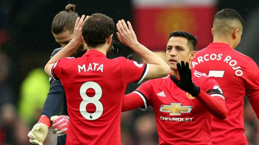 Mata feels no threat from Alexis at Man Utd