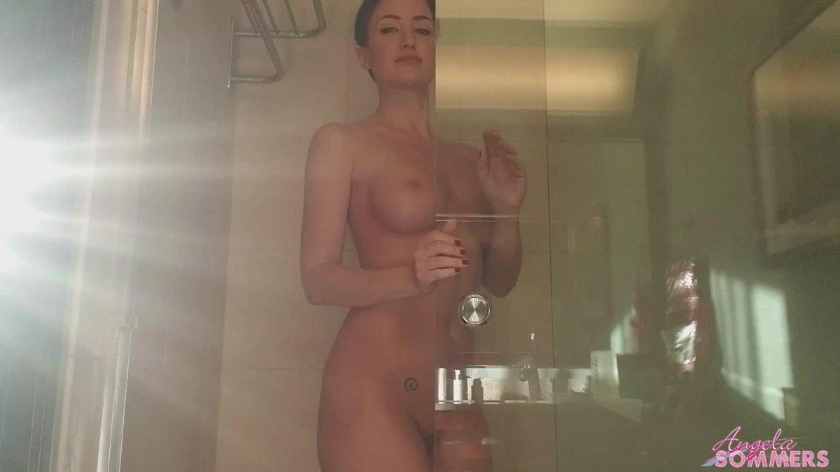 Update: Hot Hotel Shower - UhcW2Lzo6n EVYnQm6Oc1