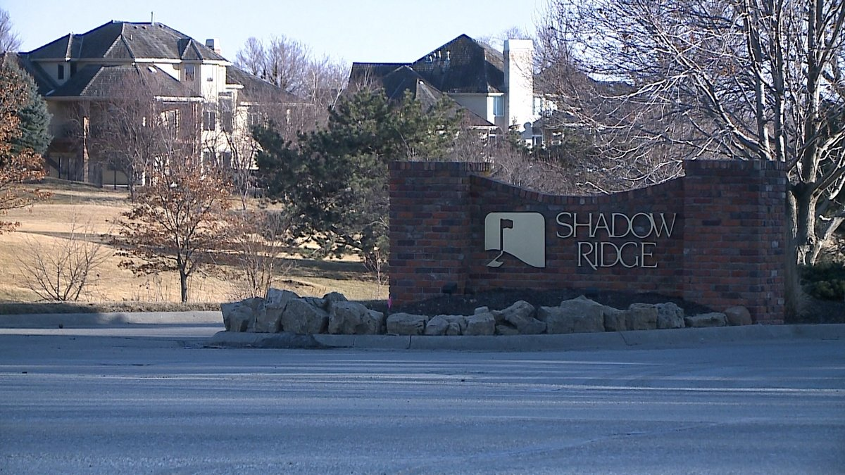 Homeowners fight zoning proposals for Shadow Ridge Golf Course