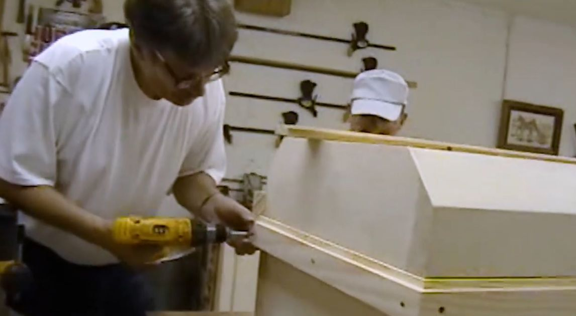 Billy Graham and 'Grasshopper': Behind the scenes with Angola inmates who crafted casket