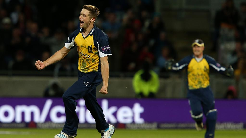 .@chriswoakes has got nerves of steel. Remember when he did this? https://t.co/MmxI3rWDMM https://t.co/AFSePeT1ga