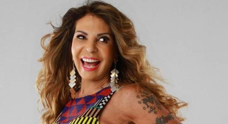 Elba Ramalho. Foto do site da BN Holofote que mostra Elba Ramalho repensa castidade: 'quando aparecer um bom José eu volto a namorar'