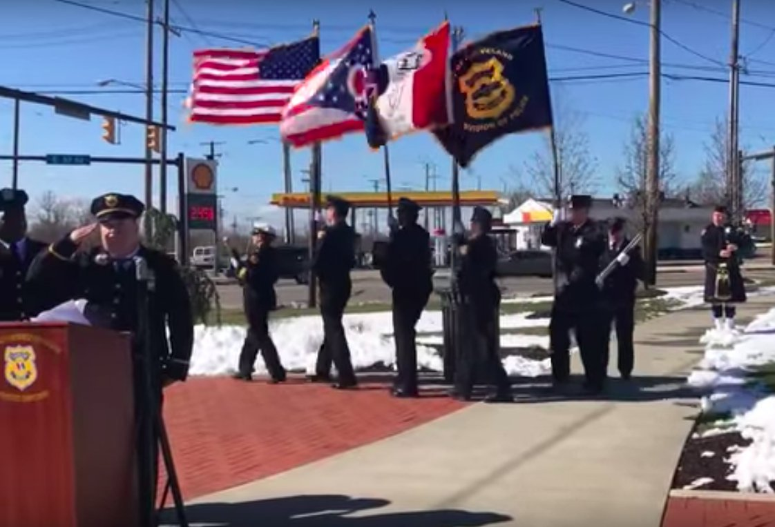 Fallen Cleveland police officer Derek Owens honored 10 years after death
