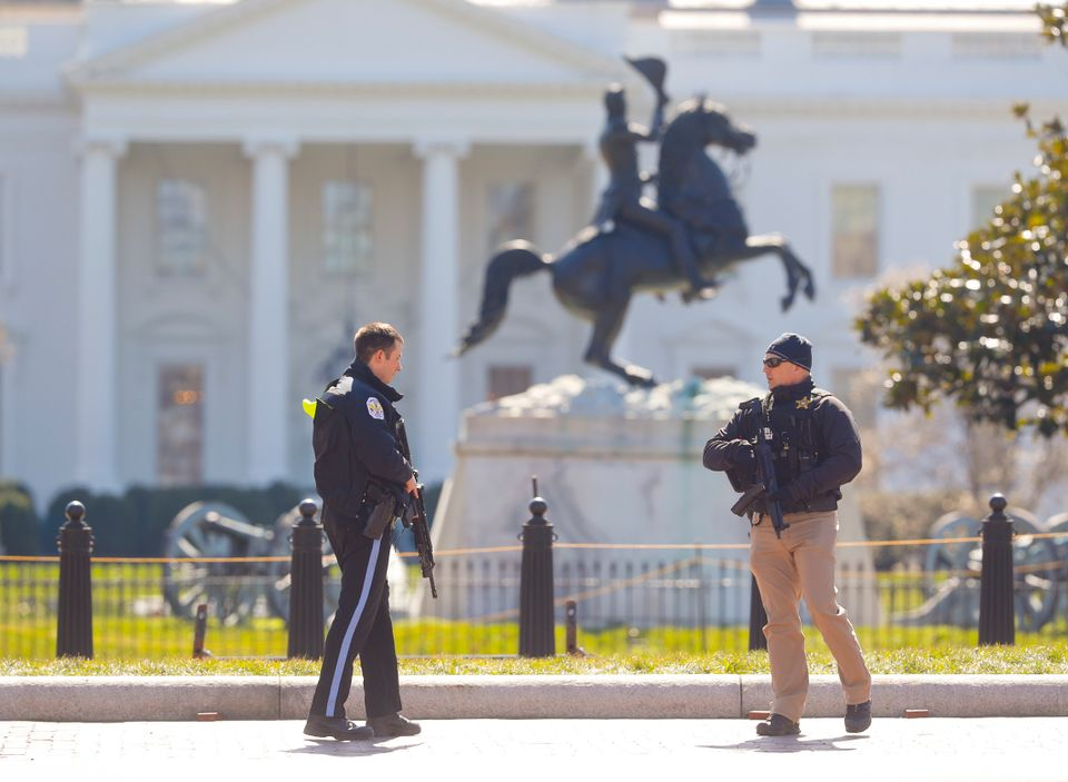 Man who killed himself outside White House was 26-year-old Alabama resident, police say