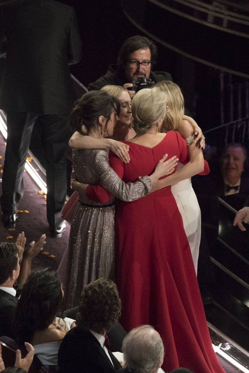 Oscars: 4 remaining Best Actress nominees hug during Frances McDormand's acceptance speech