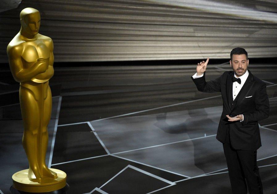 The Latest: Frances McDormand wins best actress Oscar