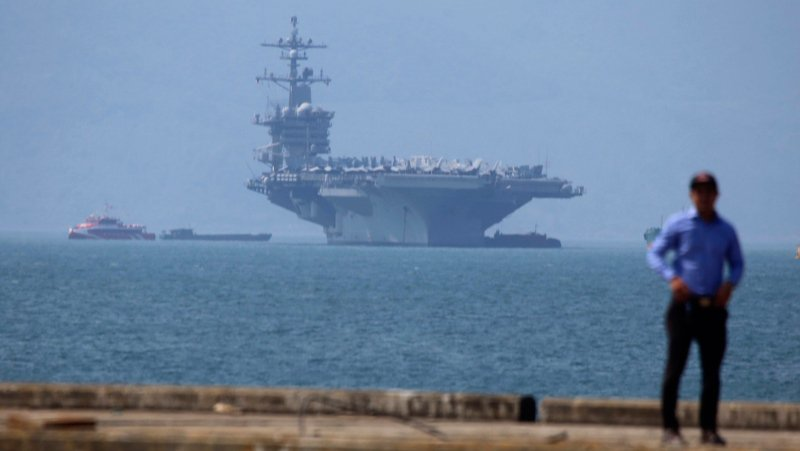U.S. Navy carrier in Vietnam puts China on notice