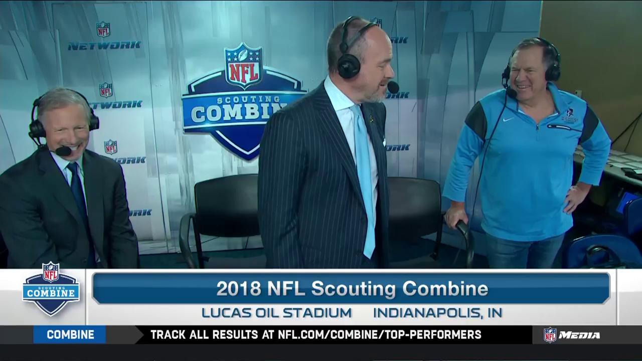 Bill Belichick stops by the @nflnetwork #NFLCombine booth with a surprise for @richeisen and @MikeMayock: https://t.co/Dz4ziMQ3Qv