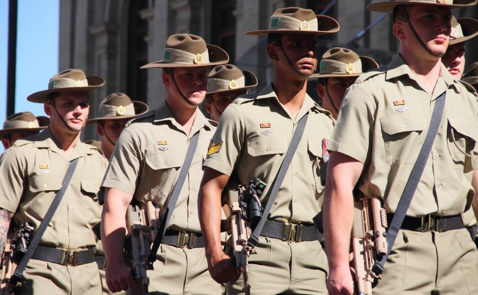 Australia will continue training Burma military despite Rohingya attacks