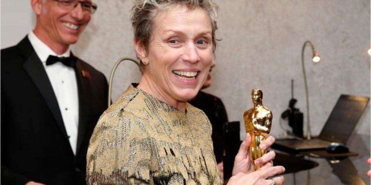 Actress reunited with Oscar after theft