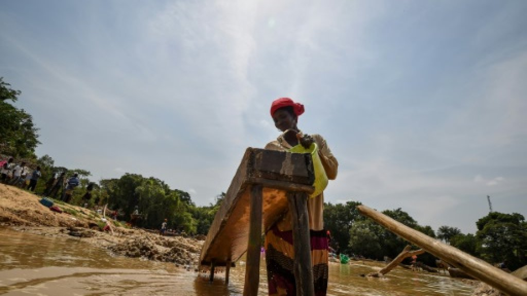 Sierra Leone votes: little that glitters for gold miners