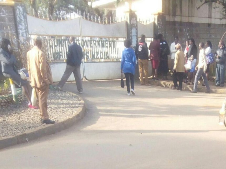 Trans Nzoia DG warns lazy staff after dozens locked out for lateness