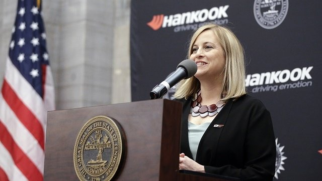 Nashville mayor resigns after pleading guilty to felony theft