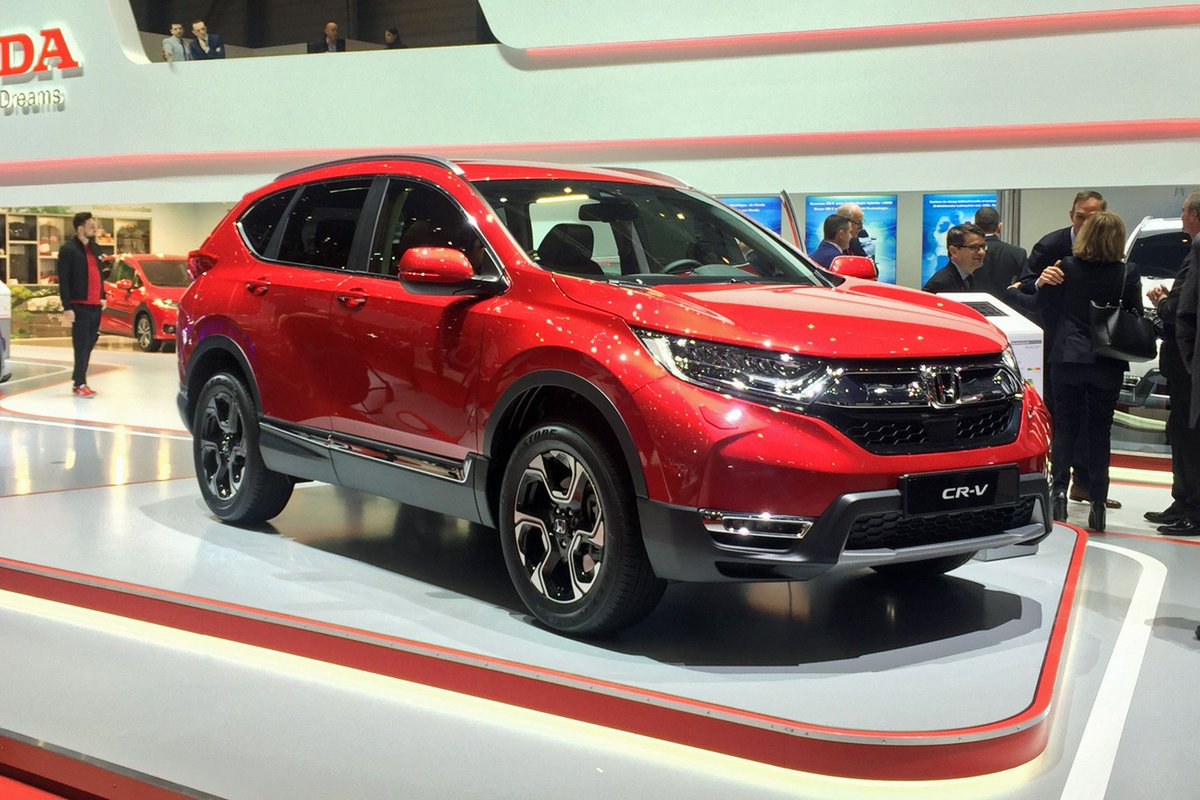 All-new Honda CR-V gets European debut – we almost don't notice