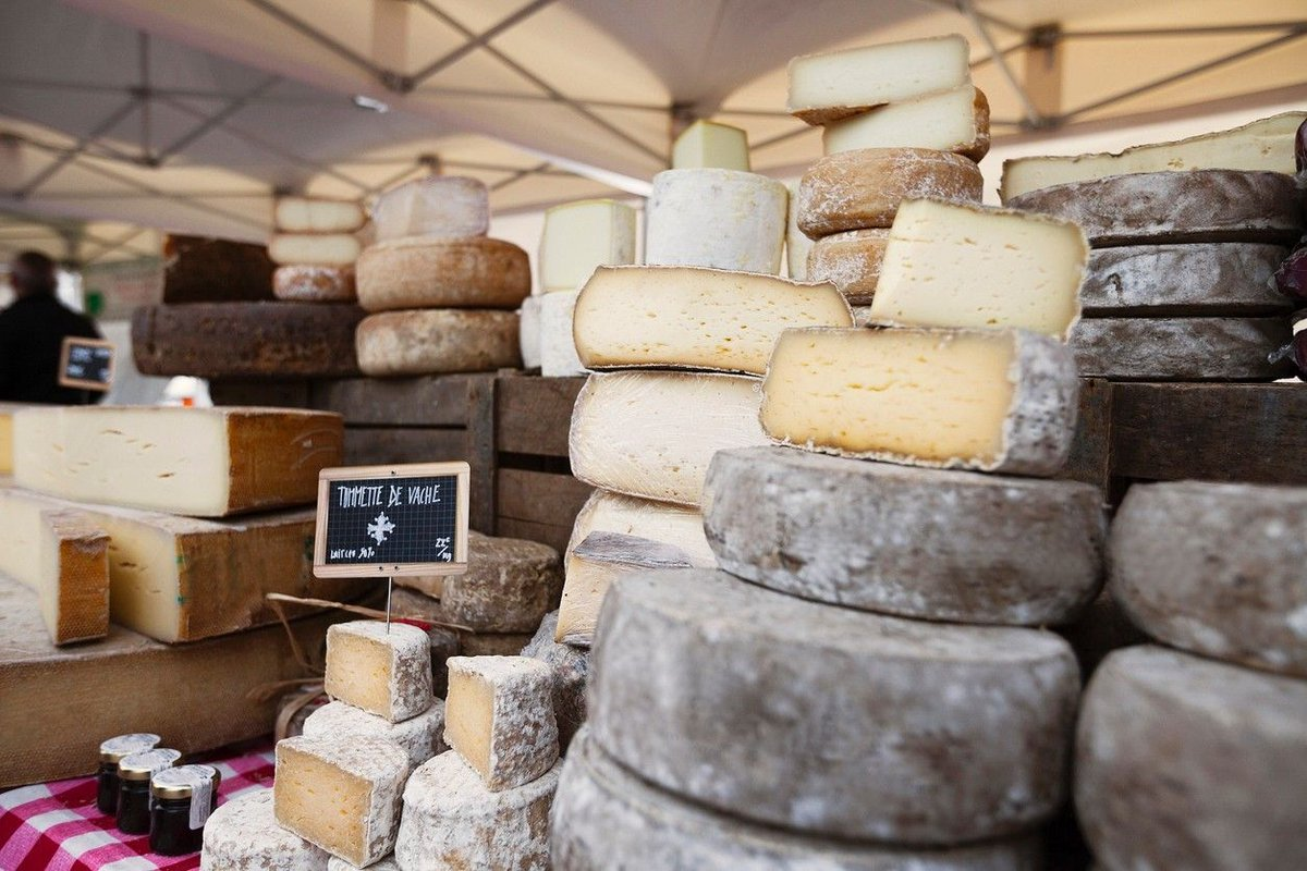 Cheese festival leaves customers angry over 'no cheese'