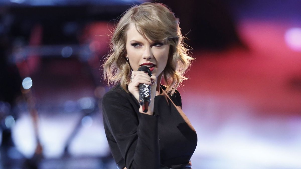 4 Things We Want To See In Taylor Swift's 'Delicate' Video