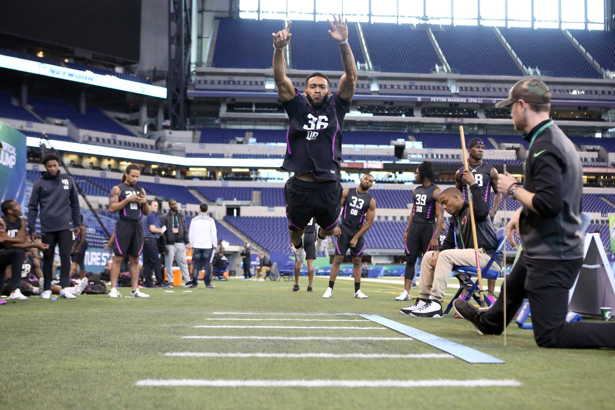 A look back at the #NFLCombine: DL, LB & DB workouts  Photos ��: https://t.co/cDY8qBR56U https://t.co/ANjNffop0U