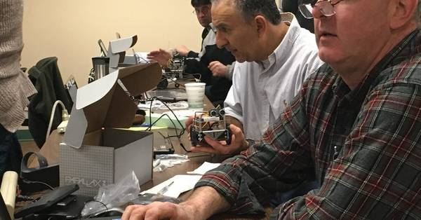 Robots give teachers a lesson in programming