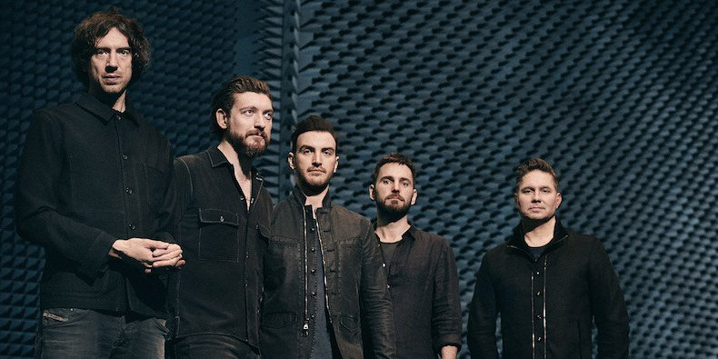 .@SnowPatrol are back, baby! https://t.co/YEbSasSIyu https://t.co/X0WX04nZ3l