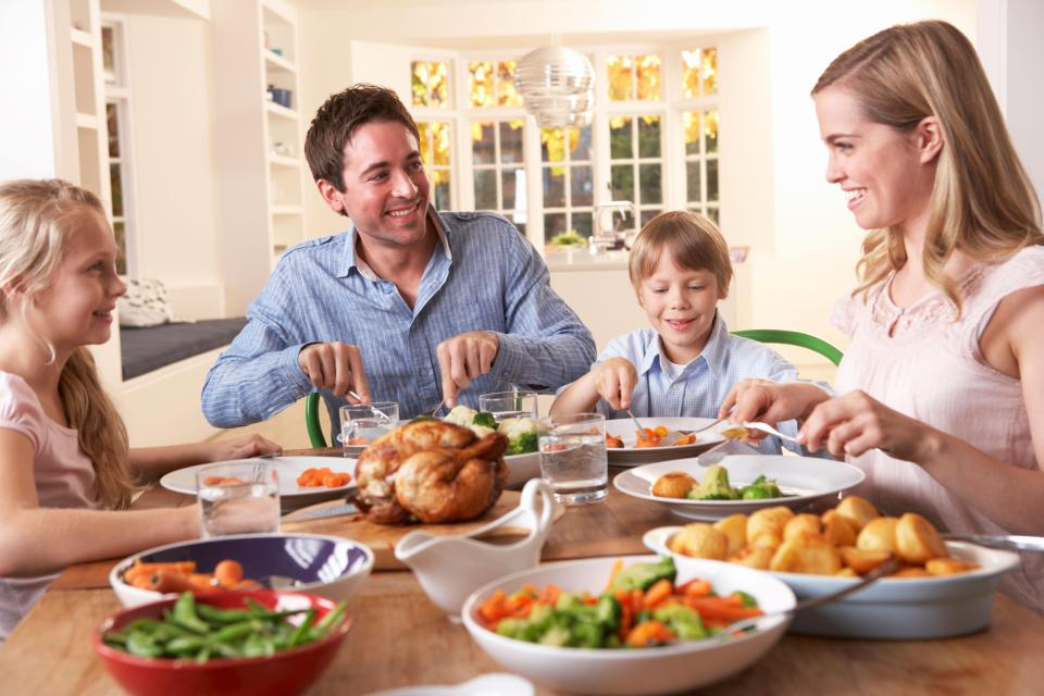 Tesco is doing a roast dinner meal deal to feed a family of four for £11