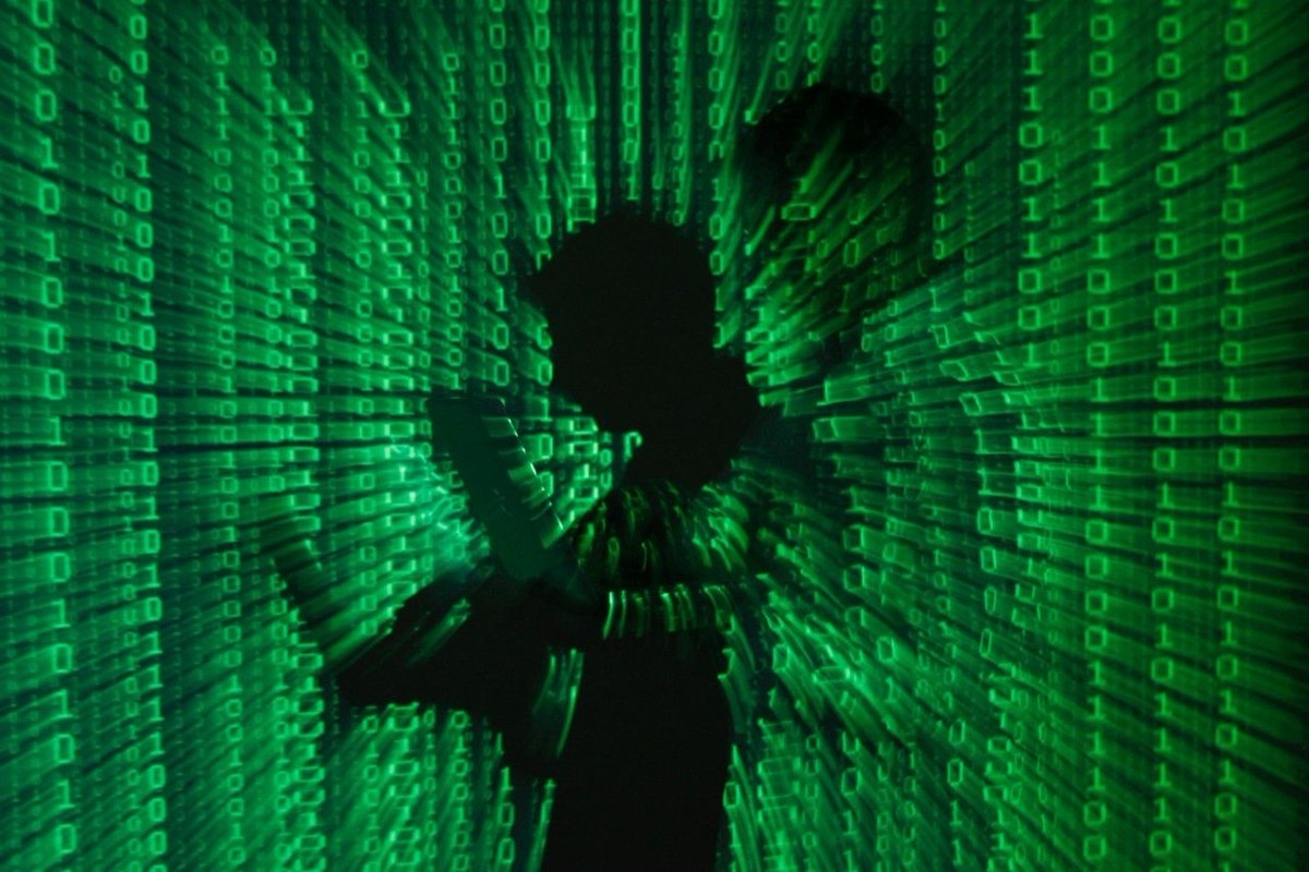 Criminals can easily hack into your web browser, report says