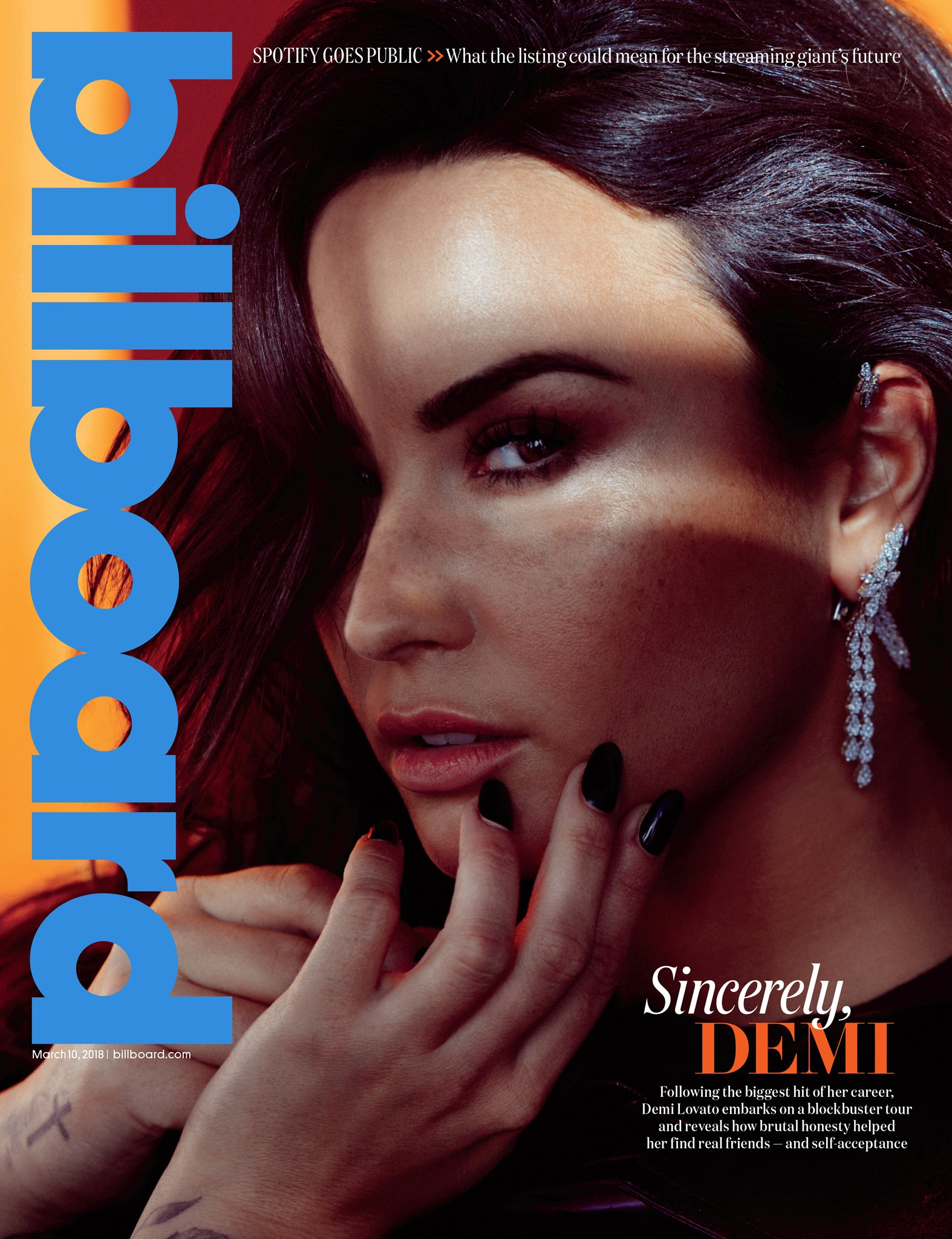 Thank you @billboard for this incredible cover ���� https://t.co/SuNyvTP3w0 https://t.co/ok9I3enUgU