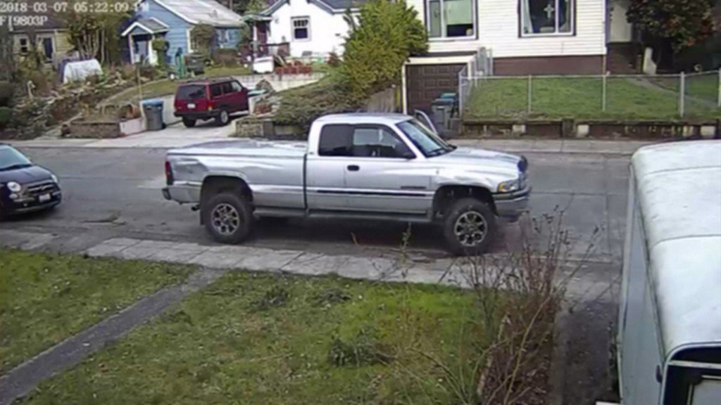 WATCH: Mom fights off man trying to steal truck with her 2-year-old inside