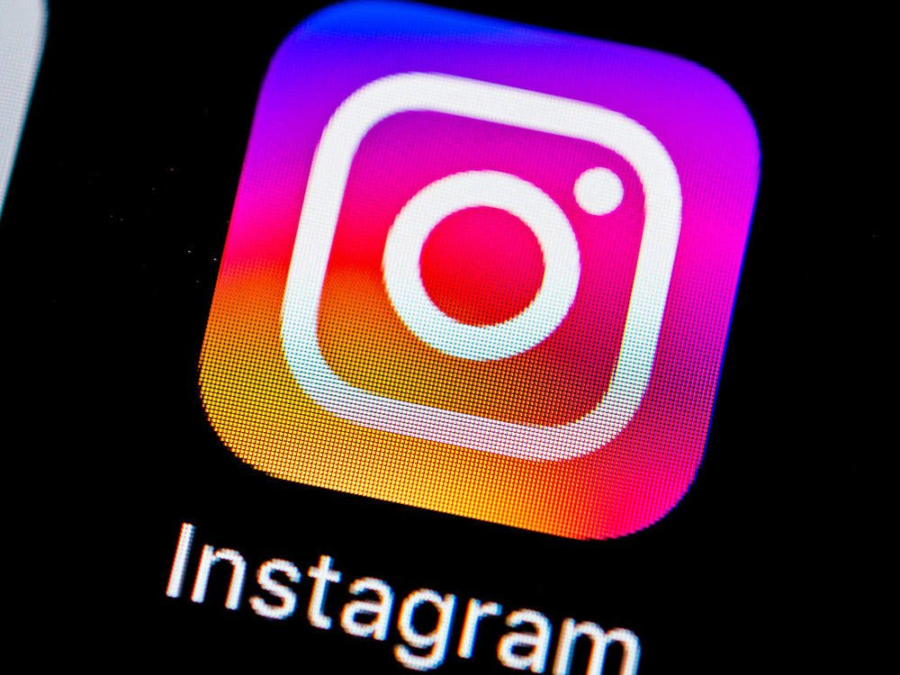 Instagram might FINALLY be about to give us back our chronological feed....