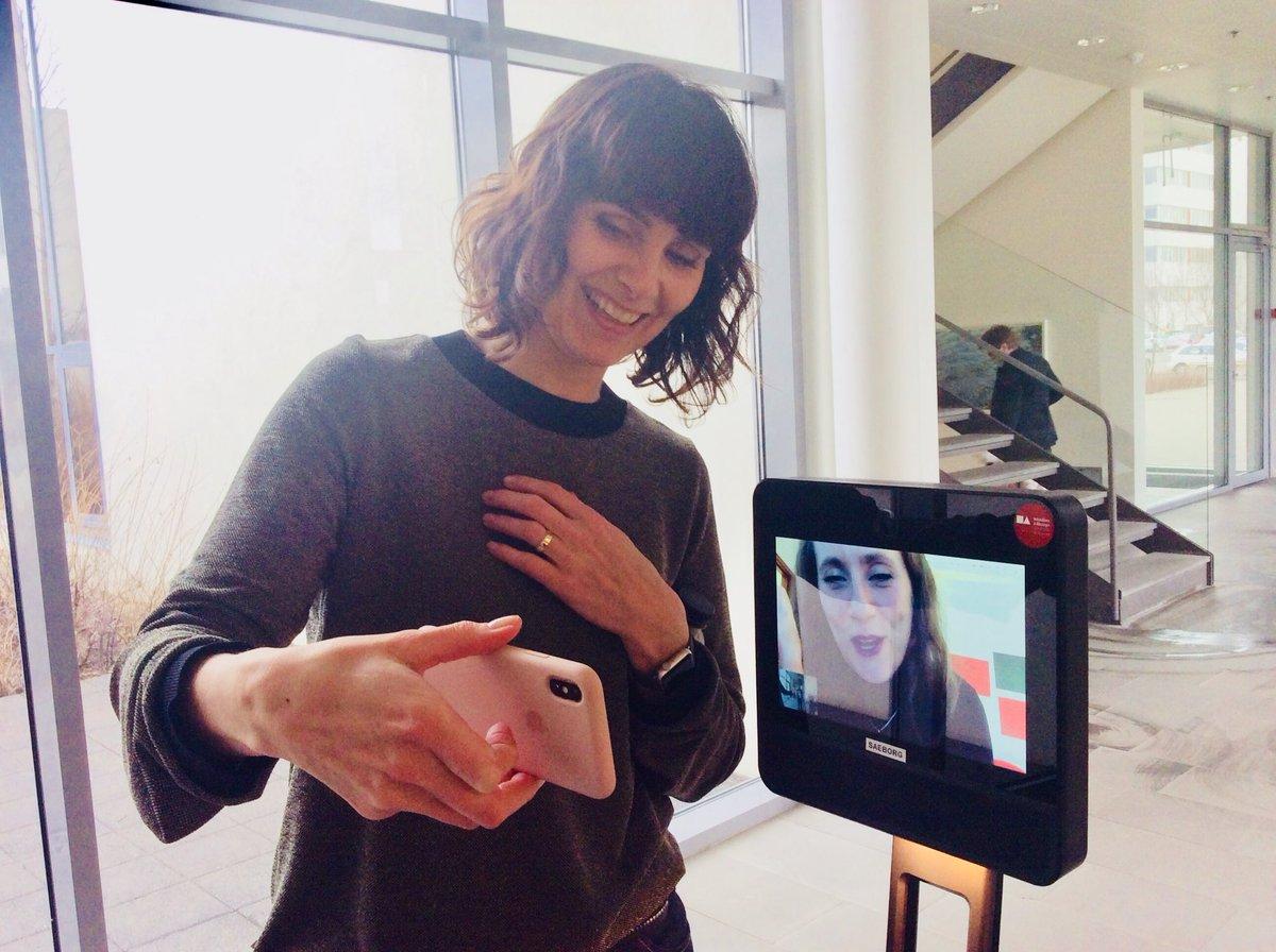 test Twitter Media - Kennaranemar HÍ í heimsókn í HA #kenno_ha @soljak  @HelenaSigurdar @menntatweet #menntaspjall #telepresence https://t.co/pq6uTygw1w