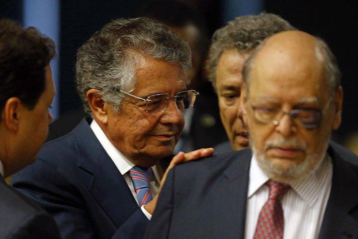 @BroadcastImagem: Ministro Marco Aurélio Mello, tendo à frente o advogado de Lula, Sepúlveda Pertence, no STF. Dida Sampaio/Estadão