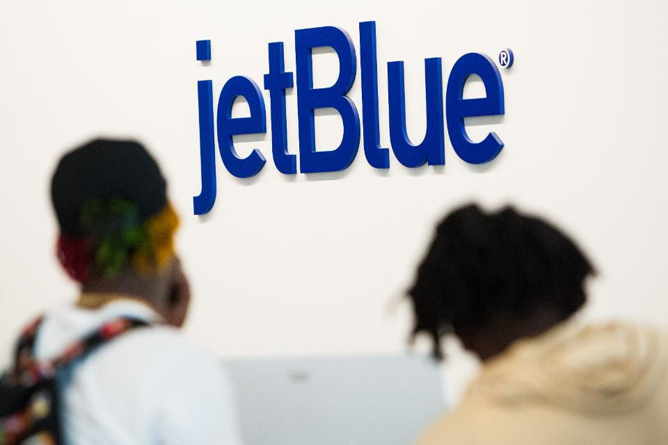 test Twitter Media - New York Governor Cuomo proves to be uncommon ally for unionizing JetBlue flight attendants  https://t.co/89CYm12udg https://t.co/8rCabjp7oS