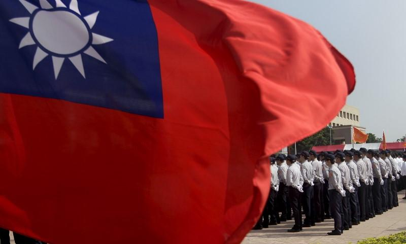 Chinese paper says China should prepare for military action over Taiwan https://t.co/Z7qCzzUuA0 https://t.co/SVizavCRO8